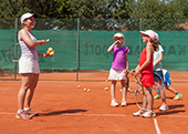 Kinder Tennis